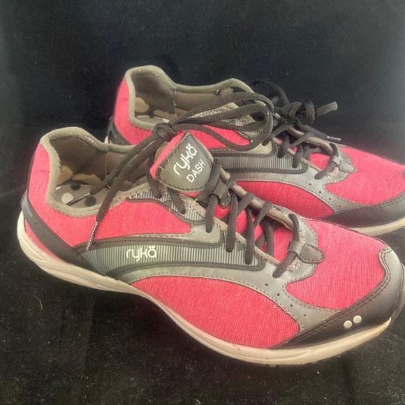 Shoes - Ryka Dash Walking Sneaker Pink/Gray (8W) 2/$30